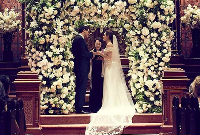 Emmy Rossum and Sam Esmail got married in a Jewish ceremony May 28.