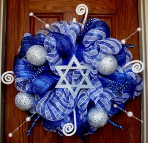 Hanukkah-wreath-2