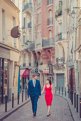 Nataliya and Andy photo shoot on street