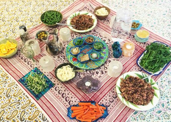 Interfaith-Humanist-Vegan Seder Table